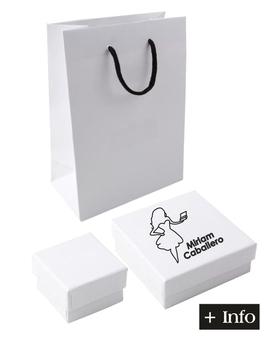 Cajas de carton color blanco. Serie Nieve