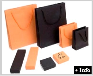 Caja de carton serie Wicca